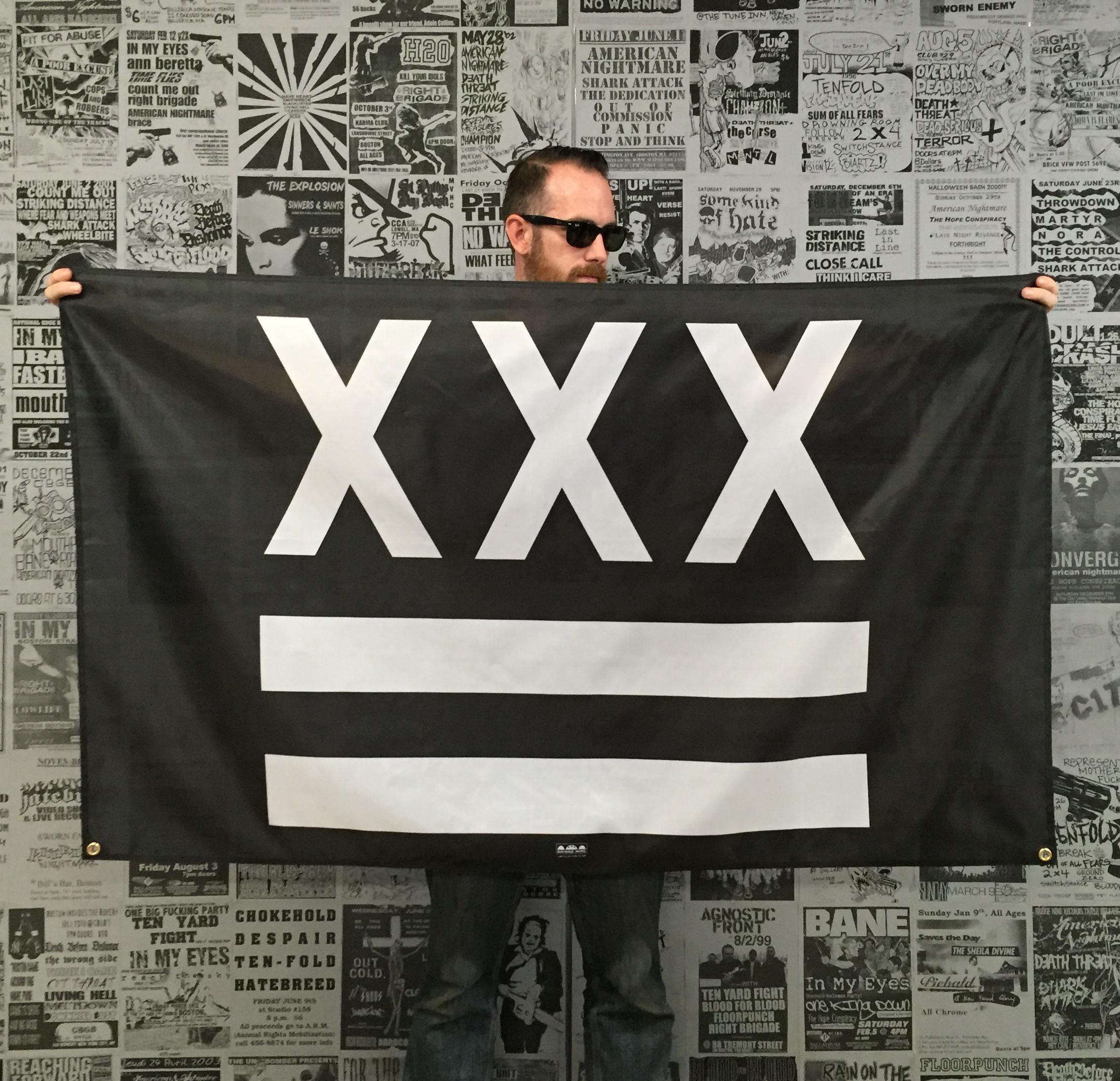 Xxx Banner 98