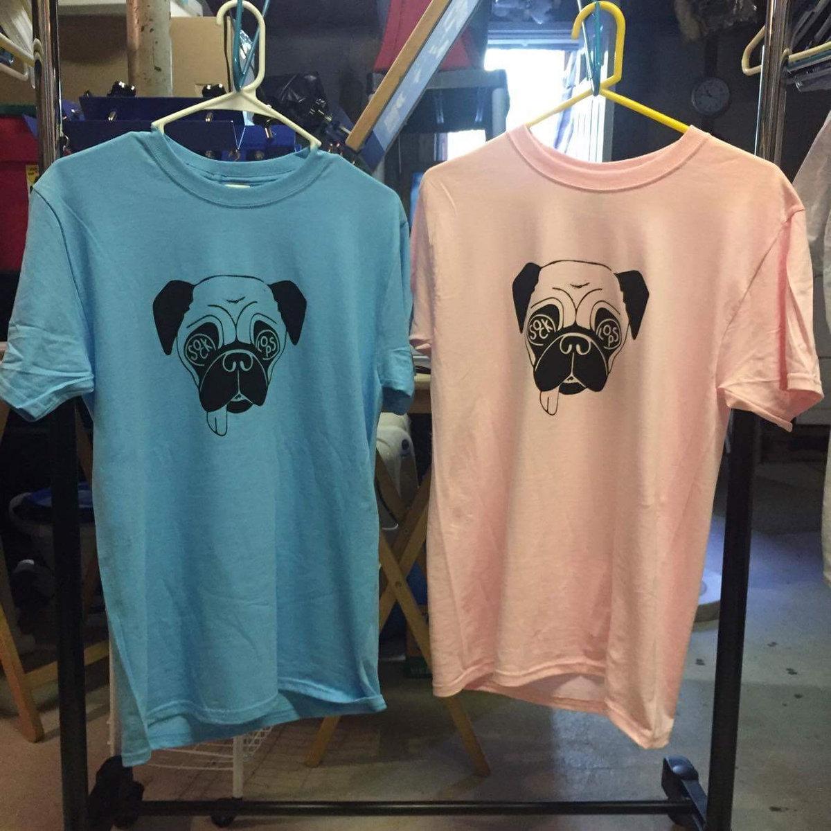 Sock Lops - Pug T-Shirt